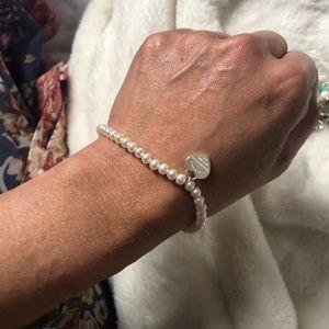 Tiffany & Co. Pearl bracelet